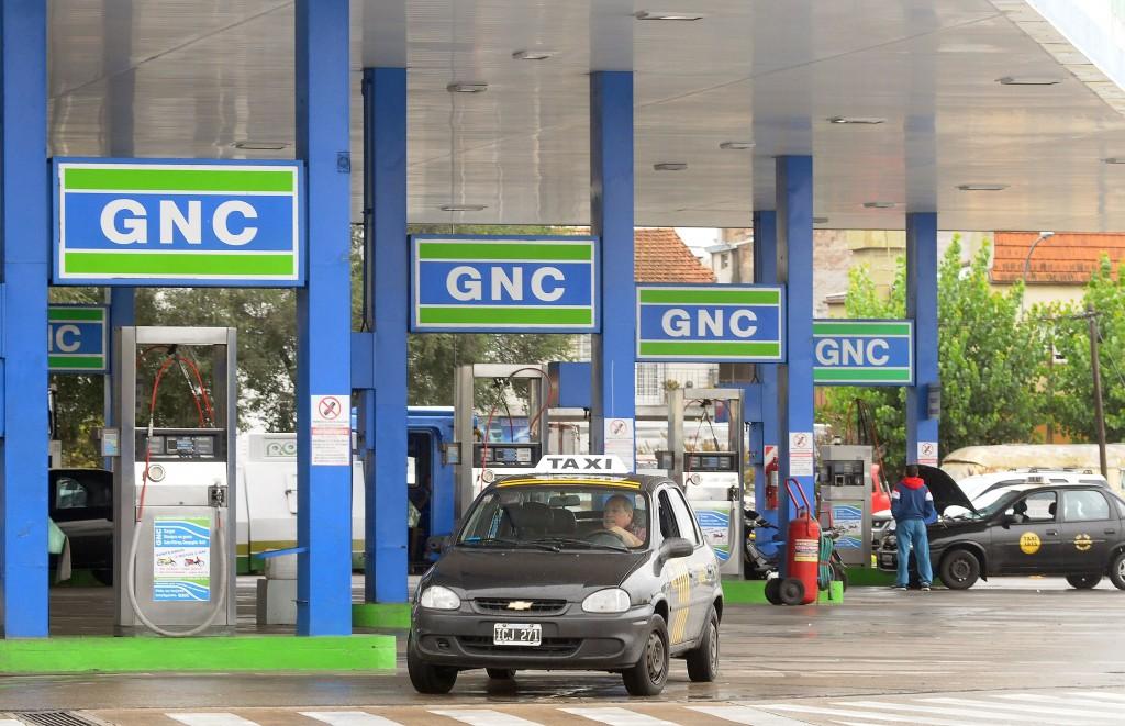El Gobierno habilita la importación de vehículos a GNC — Cambio de rumbo